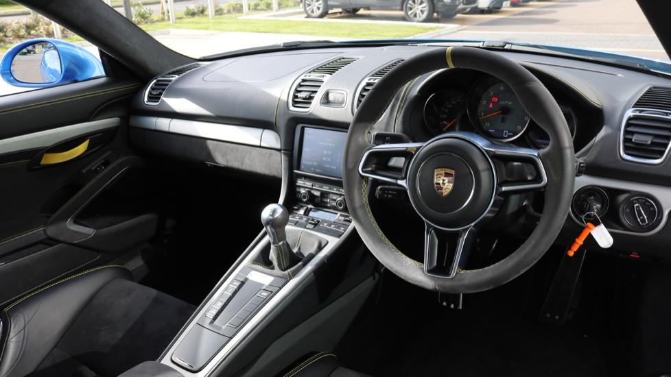 Porsche Cayman GT4 image 31