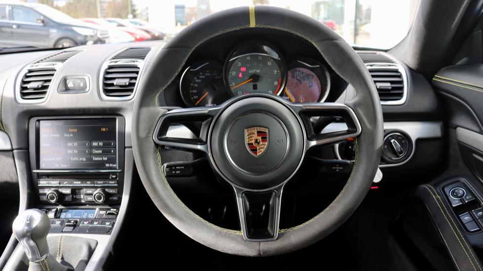Porsche Cayman GT4 image 48