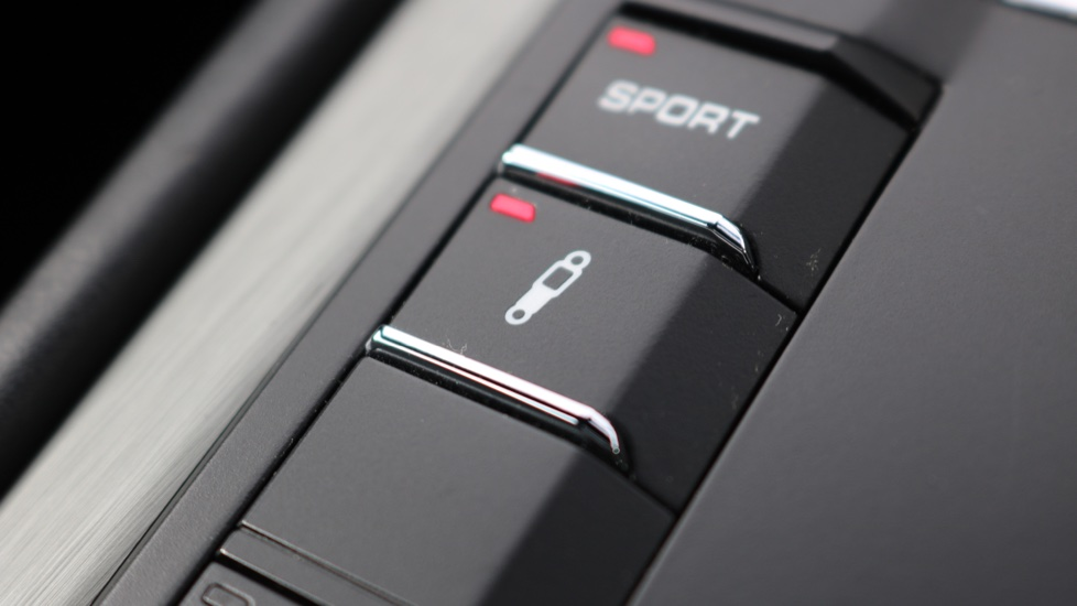 Porsche Cayman GT4 image 53
