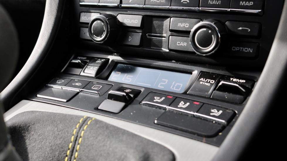 Porsche Cayman GT4 image 56
