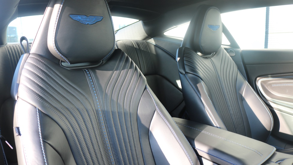 Aston Martin DB11 V8 2dr Touchtronic image 13