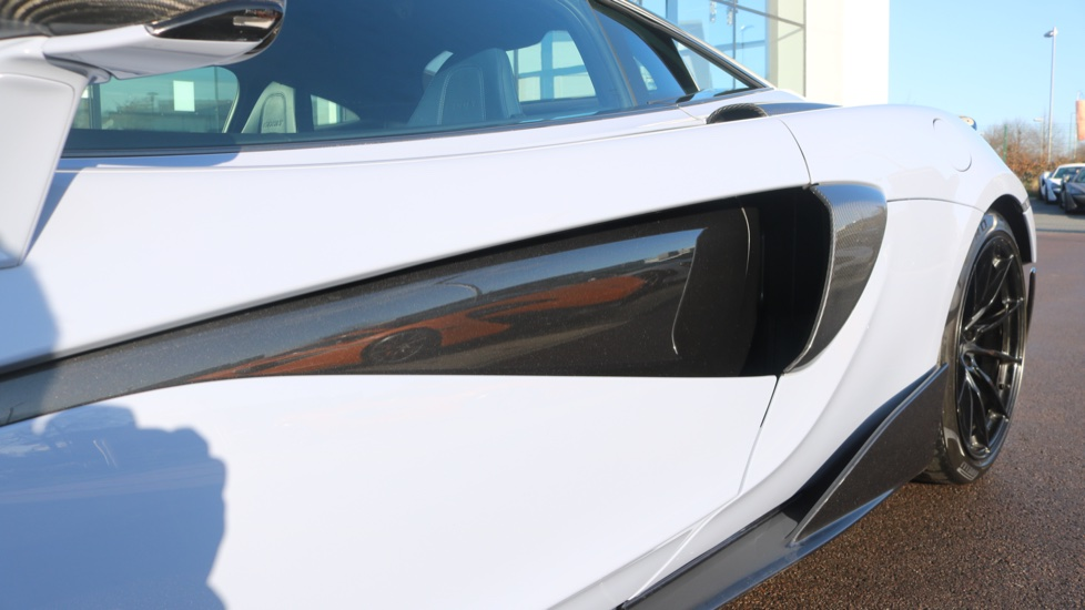McLaren 600LT Coupe  image 22