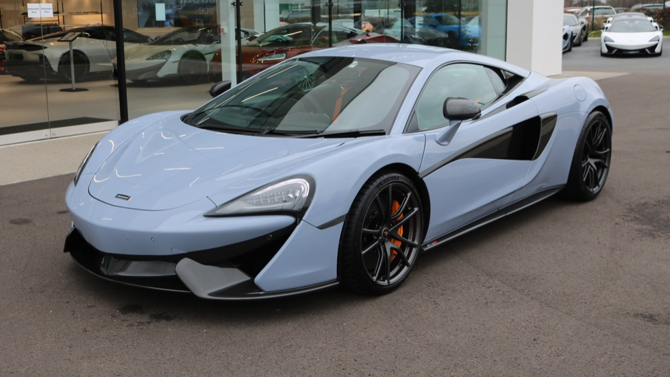 McLaren 570S Coupe SSG 3.8  Semi-Automatic 2 door Coupe (2017)