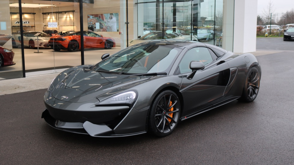 McLaren 570S Spider SSG 3.8  Semi-Automatic 2 door Convertible (2017)