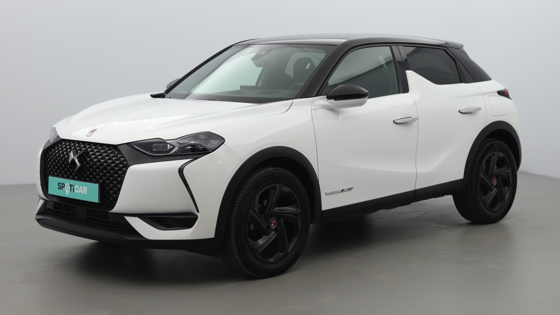 DS DS3 CROSSBACK BLUEHDI 100CH PERFORMANCE LINE + 97G - Photo 1