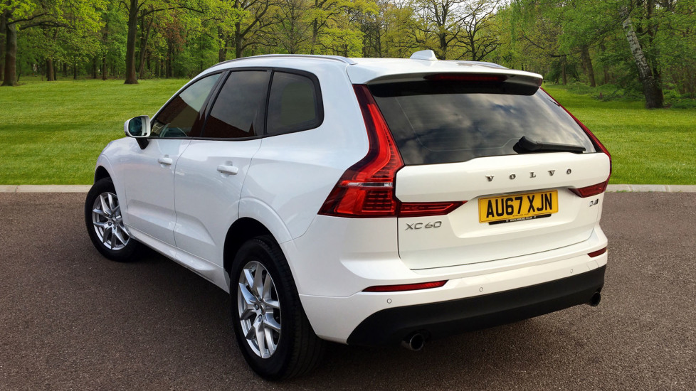 Used Volvo XC60 II D4 Momentum Automatic Pro £30,500 | M R