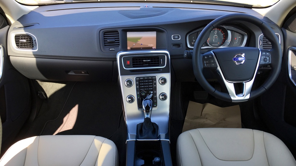 Volvo S60 T4 SE Lux Nav Automatic with Winter Pack with Active Bending Lights