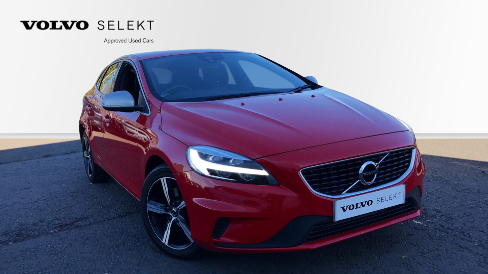 volvo v40 t2 r design nav plus rear park assist sensus. Black Bedroom Furniture Sets. Home Design Ideas