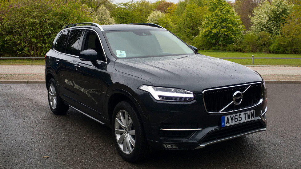 Volvo XC90 2.0 D5 AWD Momentum Auto with Winter Pack, Apple Car Play & Retractable Towbar Diesel Automatic 5 door Estate (2015) image