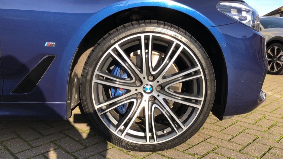 BMW 5 Series 530e M Sport Auto, Plug In Hybrid, Rear Camera, Heated Seats, Nav, 80Gb Hard Drive, DAB Radio image 18