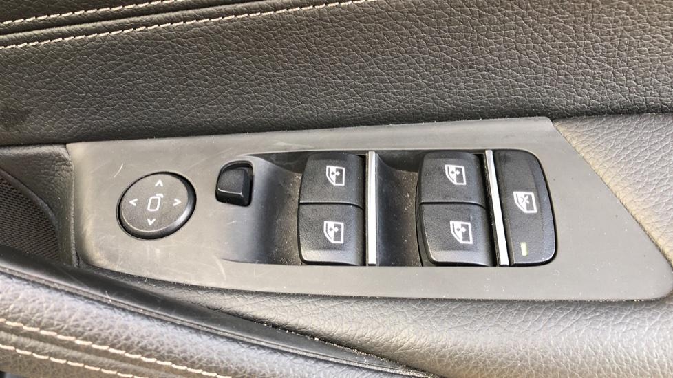 BMW 5 Series 530e M Sport Auto, Plug In Hybrid, Rear Camera, Heated Seats, Nav, 80Gb Hard Drive, DAB Radio image 36