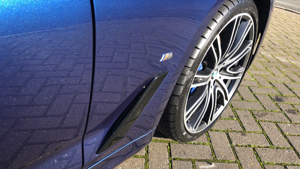 BMW 5 Series 530e M Sport Auto, Plug In Hybrid, Rear Camera, Heated Seats, Nav, 80Gb Hard Drive, DAB Radio image 17