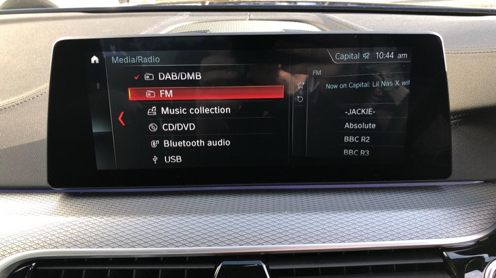 BMW 5 Series 530e M Sport Auto, Plug In Hybrid, Rear Camera, Heated Seats, Nav, 80Gb Hard Drive, DAB Radio image 31