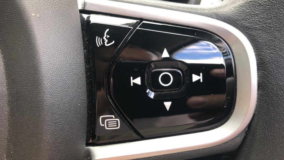 Volvo V90 D4 Momentum Auto with Pilot Assist, Adaptive Cruise, DAB Radio, F & R Park Sensors, Heated F.Seats image 14