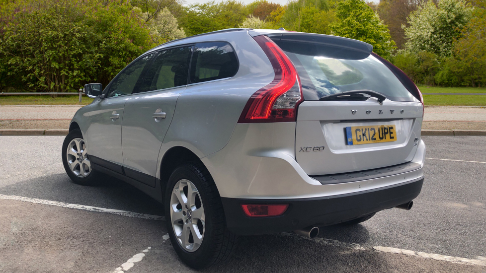 Volvo XC60 D5 [215] AWD SE Lux Nav Auto with Elec Seat, Voice Activation,  DAB Radio, & Heated Front Seats  2 4 Diesel Automatic 5 door Estate (2012)