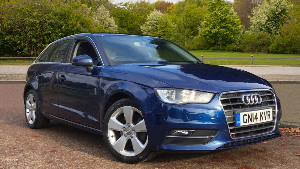 Audi A3 1.6 TDI Sport, Auto Lights & Wipers Pack, Voice Activation for Bluetooth Phone & Audio Diesel 5 door Hatchback (2014)