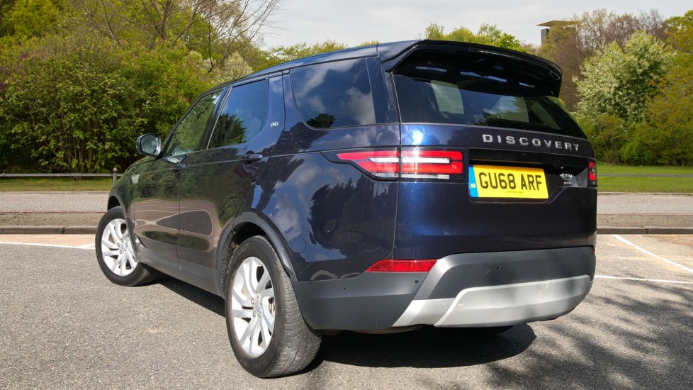 Land Rover Discovery 2.0 Si4 HSE 5dr image 4