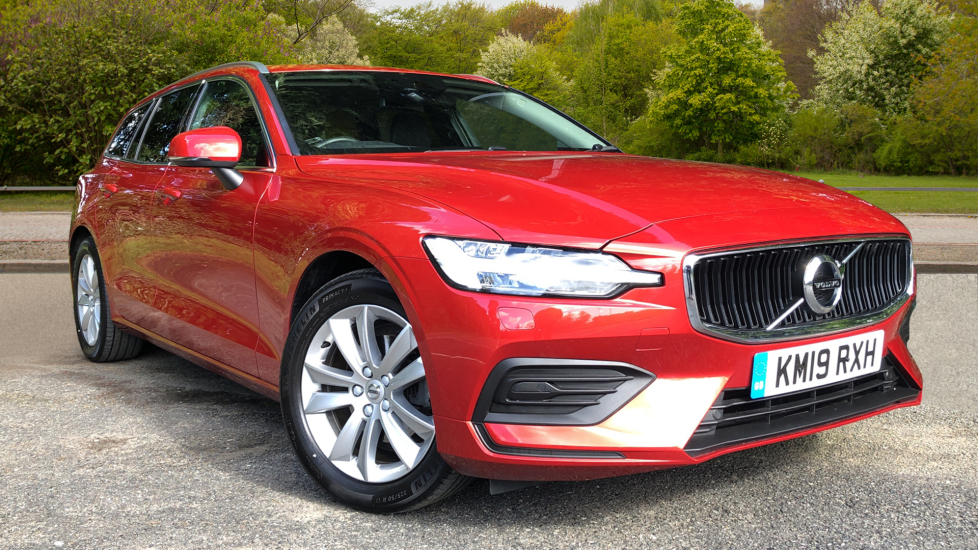 Volvo V60 D3 Momentum Auto, Nav, Winter & Convenience Packs, Keyless Drive, S/Phone Int, Privacy Glass 2.0 Diesel Automatic 5 door Estate (2019)