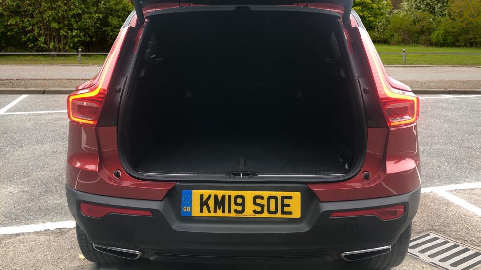 Volvo XC40 T4 AWD RDesignPro Nav AT, Xenium/Convenience/IntellisafePro Pks, S.Phone Prep, Tempa Spare image 20
