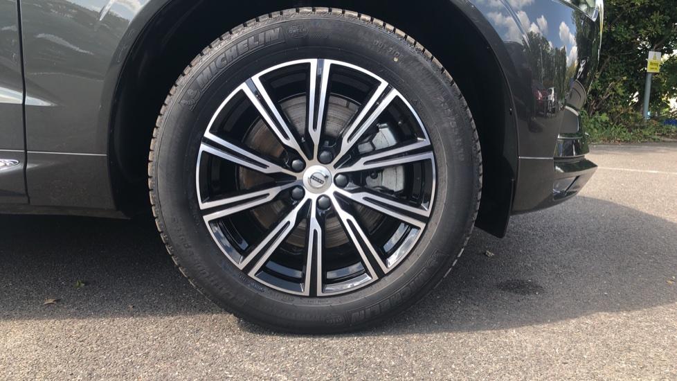 Volvo XC60 2.0 D4 Inscription Nav Auto AWD with Winter, BLIS, Keyless Drive, Smartphone Pack. image 13