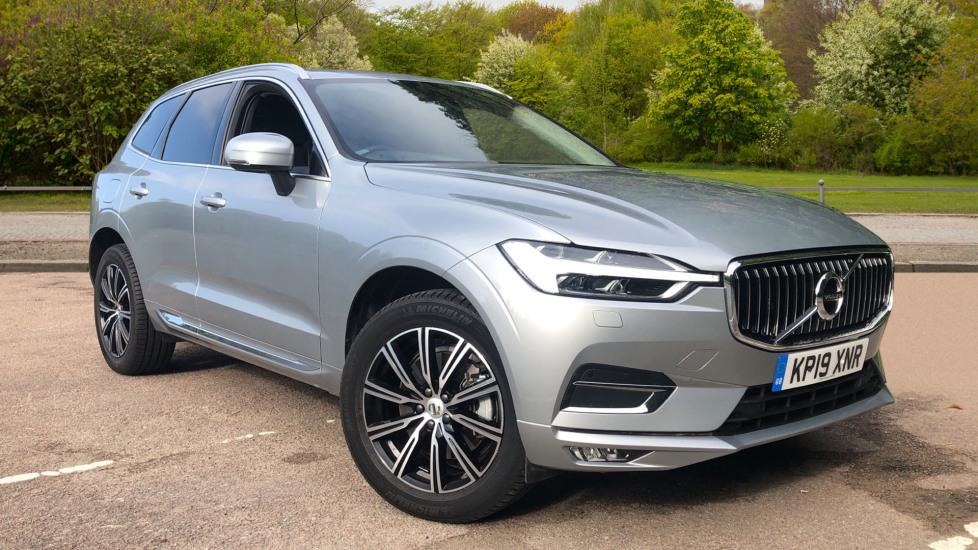 Volvo XC60 2.0 D4 Inscription 5dr AWD Auto with Winter Pack, BLIS, Smartphone Int, Keyless Drive Diesel Automatic Estate (2019) image