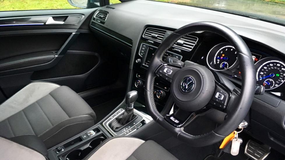 Volkswagen Golf R 4 Motion DSG Auto with Sat Nav, Adaptive Cruise & Frt & Rear Parking Sensors image 3