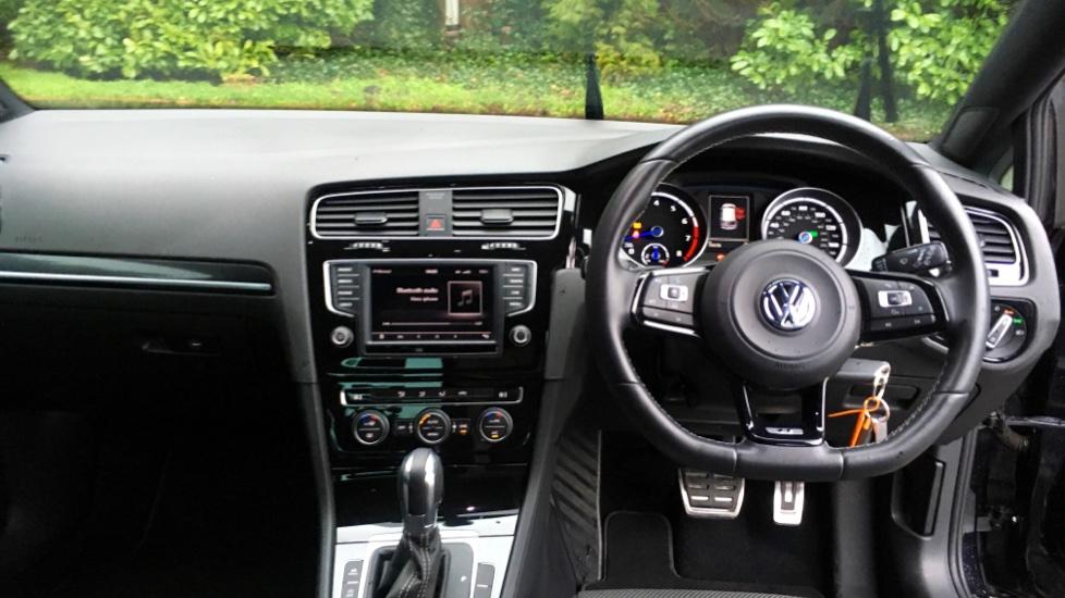 Volkswagen Golf R 4 Motion DSG Auto with Sat Nav, Adaptive Cruise & Frt & Rear Parking Sensors image 6