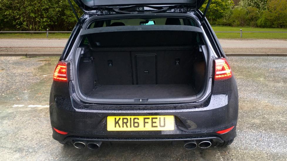 Volkswagen Golf R 4 Motion DSG Auto with Sat Nav, Adaptive Cruise & Frt & Rear Parking Sensors image 11