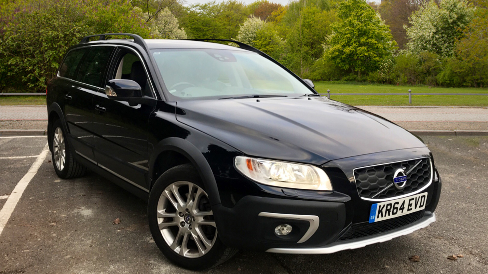 Volvo XC70 D5 SE Lux AWD Auto W. Driver Support Pack, Family Pack & Winter Pack 2.4 Diesel Automatic 5 door Estate (2014) image