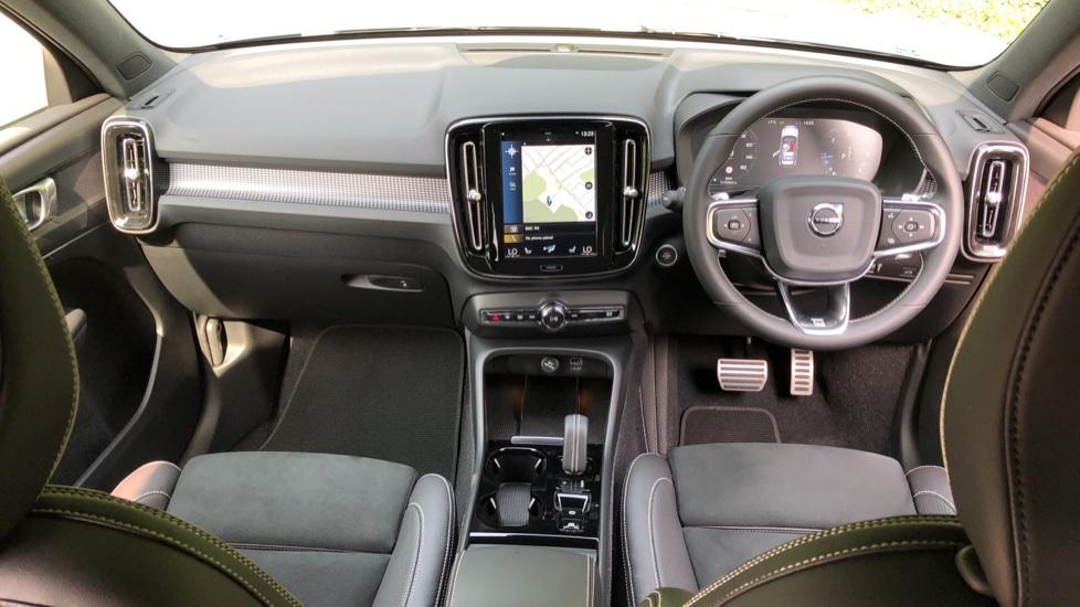 Volvo XC40 D3 R Design Pro Auto, Winter Plus & Convenience Pack, Intellisafe Pro Pack, Rear Camera  image 9
