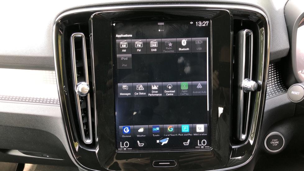 Volvo XC40 D3 R Design Pro Auto, Winter Plus & Convenience Pack, Intellisafe Pro Pack, Rear Camera  image 26