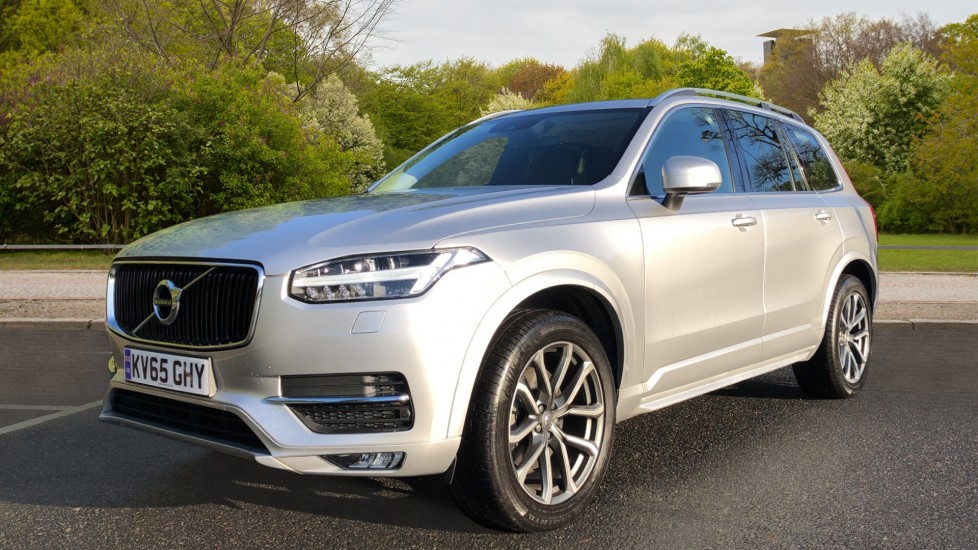 Volvo XC90 D5 Momentum AWD Auto, Nav, 7 Seats, Family & Winter Pack, Booster Seat, Heated Screen, CarPlay image 3