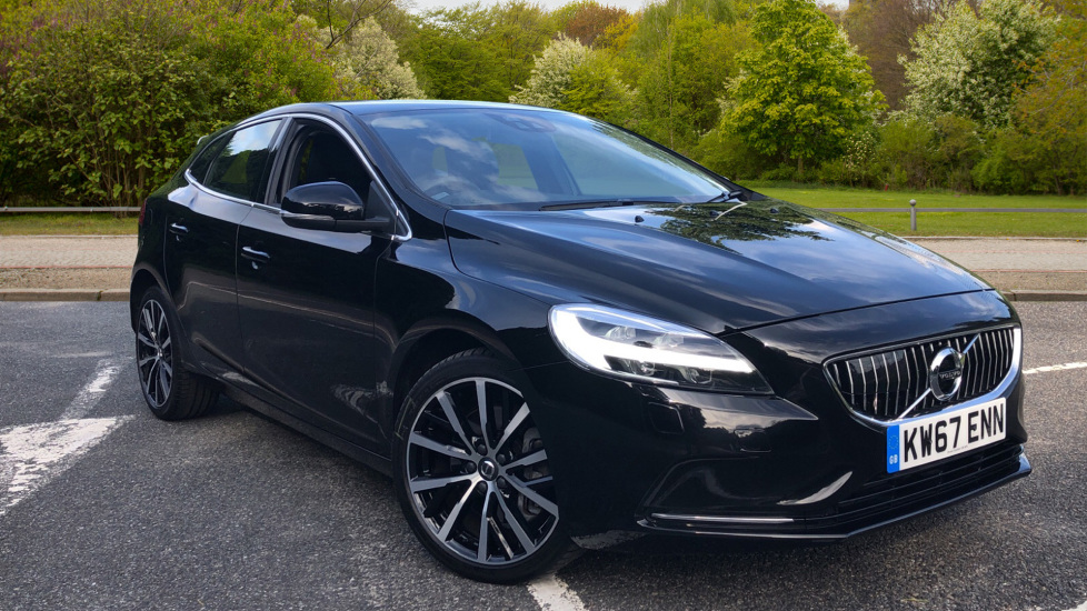 Volvo V40 T3 Inscription Auto with Nav, Winter Pk, Htd Screen, Intellisafe Pro, BLIS, ACC, 18 Inch Wheels.  1.5 Automatic 5 door Hatchback (2017)