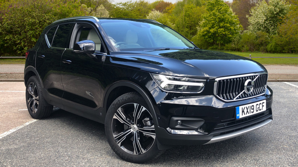 Volvo XC40 2.0 T4 AWD Petrol Inscription Pro Nav Auto with Xenium, Intellisafe Pro, Conv Pk & Privacy Glass Automatic 5 door Estate (2019) image