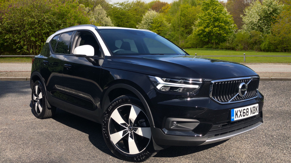 Volvo XC40 2.0 T4 Momentum Pro Nav AWD Auto with Convenience Pk, Sphone Int & Intellisafe Pro. Automatic 5 door 4x4 (2019) at Volvo Gatwick thumbnail image