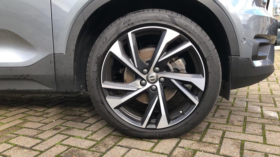 Volvo XC40 D4 First Edition AWD Auto, Launch Model, Nav, Sunroof, 360 Camera, HK Audio, Heated Seats,  image 35