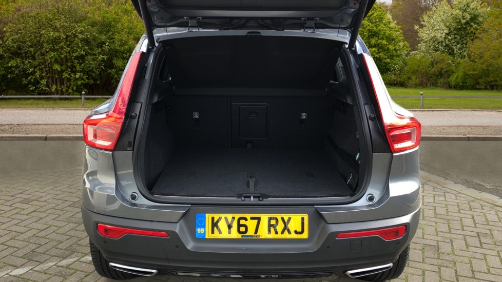 Volvo XC40 D4 First Edition AWD Auto, Launch Model, Nav, Sunroof, 360 Camera, HK Audio, Heated Seats,  image 37