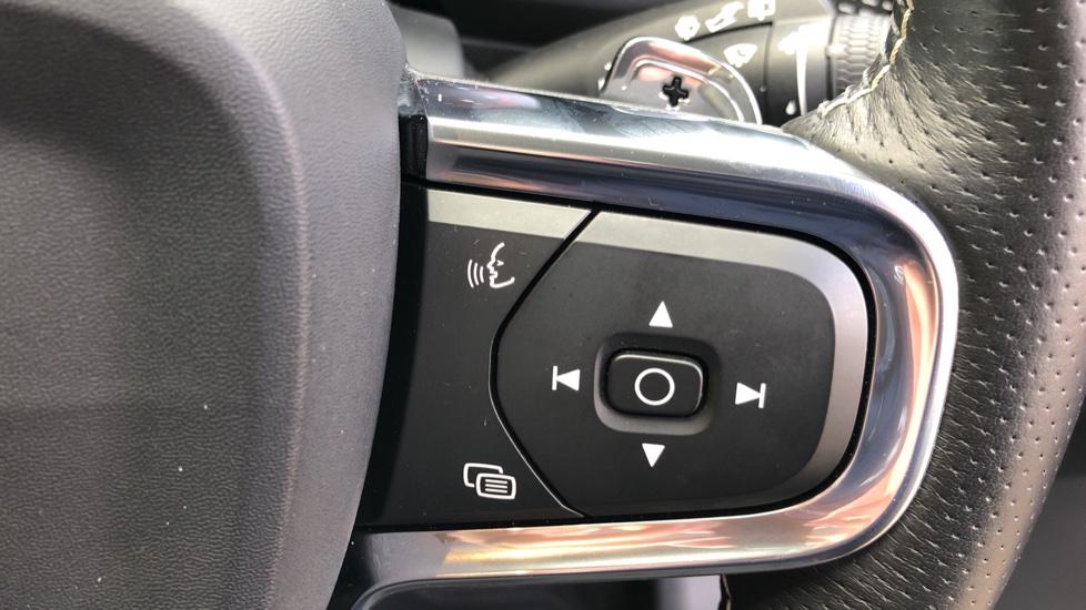 Volvo XC40 D4 First Edition AWD Auto, Launch Model, Nav, Sunroof, 360 Camera, HK Audio, Heated Seats,  image 20