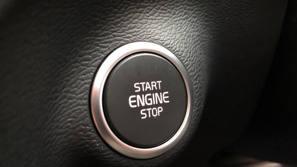 Volvo XC40 D4 First Edition AWD Auto, Launch Model, Nav, Sunroof, 360 Camera, HK Audio, Heated Seats,  image 28