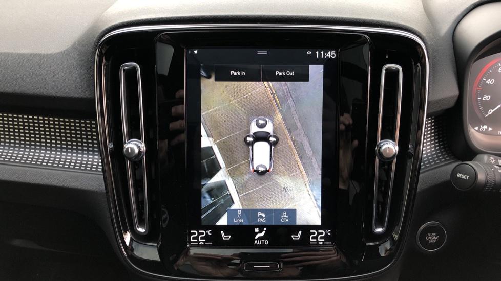 Volvo XC40 D4 First Edition AWD Auto, Launch Model, Nav, Sunroof, 360 Camera, HK Audio, Heated Seats,  image 7