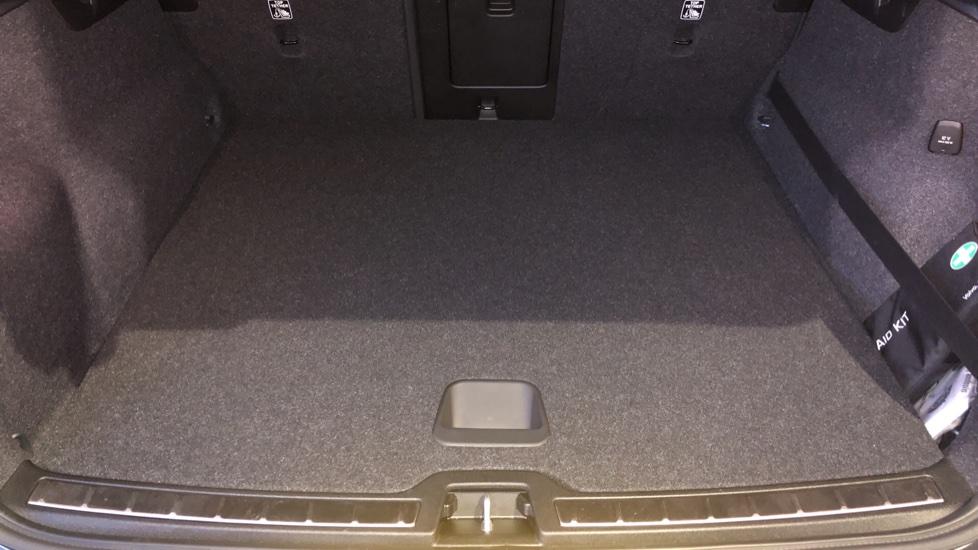 Volvo XC40 D4 First Edition AWD Auto, Launch Model, Nav, Sunroof, 360 Camera, HK Audio, Heated Seats,  image 38