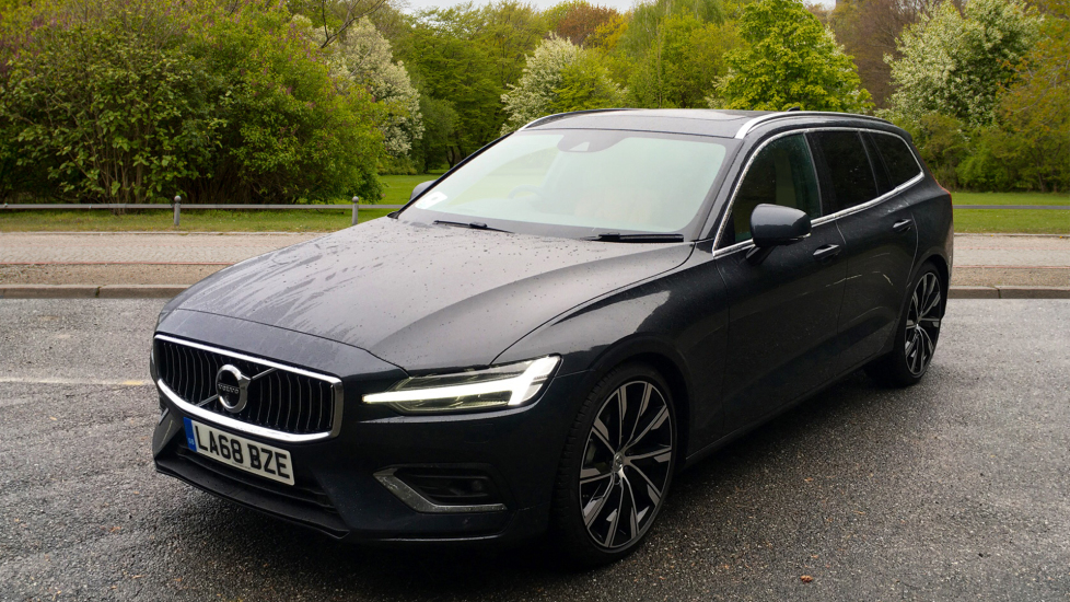 Volvo V60 2.0 D3 150hp Euro 6 Inscription Pro Nav Auto with Xenium Pack, Intellisafe Pro & Smartphone image 12
