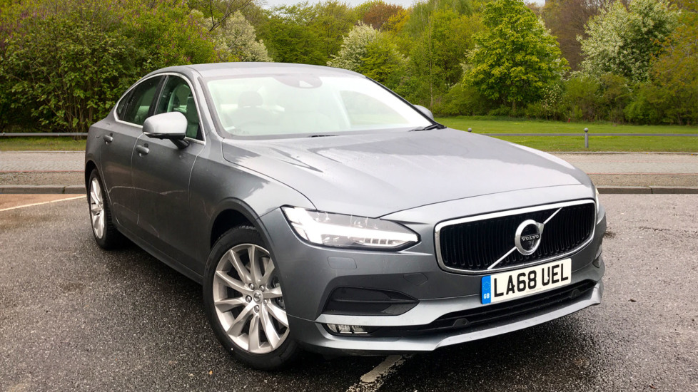 Volvo S90 2.0 T4 Momentum Pro Auto W. 360 Surround Camera, BLIS, Front & Rear Park Assist Automatic 4 door Saloon (2018) image