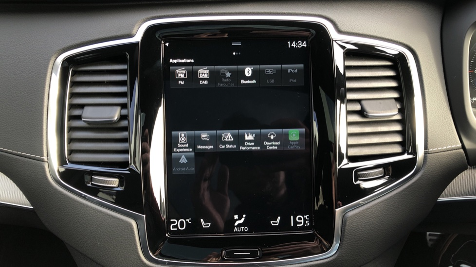 Volvo XC90 T8 Recharge PHEV R Design Pro AWD Auto, Lounge, Climate & Driver Assist Packs, Sunroof, B & W image 35