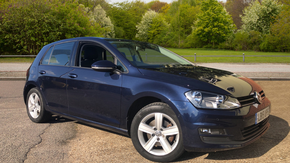 Volkswagen Golf 1.4 TSI Petrol Match 5dr with Adaptive Cruise Control, Panoramic Roof, Rear Camera & Park Pilot Hatchback (2015) image