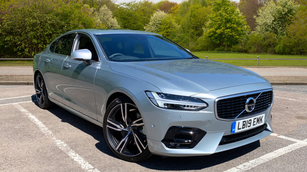 Volvo S90 T5 Petrol R Design Pro Nav Auto with SmartPhone, BLIS, Tints, 360Cam, Seat Pk & Xenium Pk 2.0 Automatic 4 door Saloon (2019) available from Volvo Preston thumbnail image