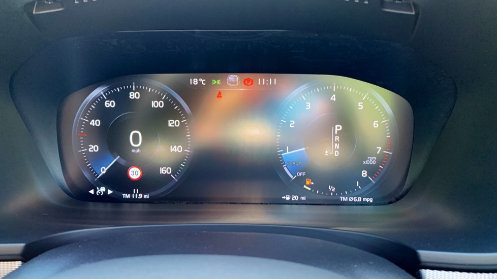 Volvo S90 T5 Petrol R Design Pro Nav Auto with SmartPhone, BLIS, Tints, 360Cam, Seat Pk & Xenium Pk image 10