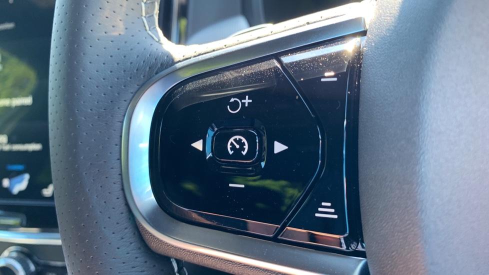 Volvo S90 T5 Petrol R Design Pro Nav Auto with SmartPhone, BLIS, Tints, 360Cam, Seat Pk & Xenium Pk image 15