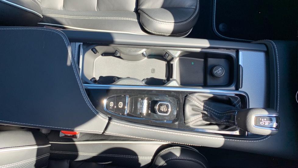 Volvo S90 T5 Petrol R Design Pro Nav Auto with SmartPhone, BLIS, Tints, 360Cam, Seat Pk & Xenium Pk image 25