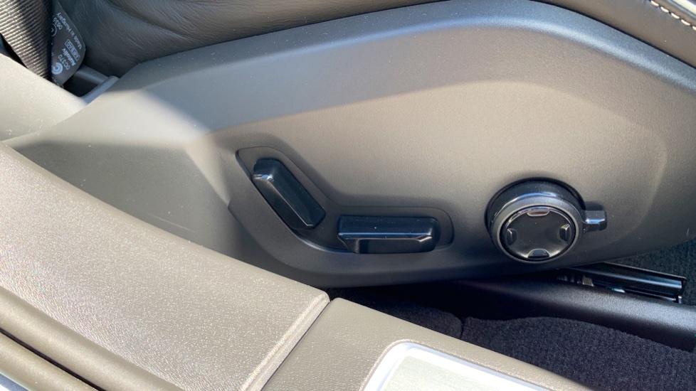 Volvo S90 T5 Petrol R Design Pro Nav Auto with SmartPhone, BLIS, Tints, 360Cam, Seat Pk & Xenium Pk image 27
